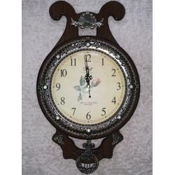 655-1 Часы, дерево