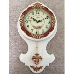 1037-2 Часы, дерево