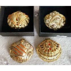 Зеркало карманное Ракушка золото