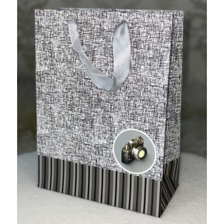 1049-4 Пакет подарочный 18х24х8,5 см